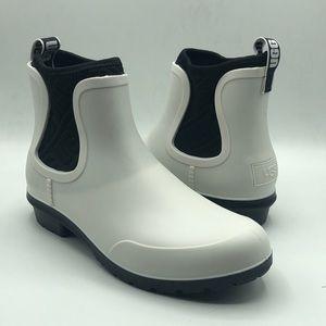 UGG Women's Chevonne White Black Rubber Rain Boots